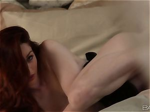 Stoya givin a jaw-dropping solo performance