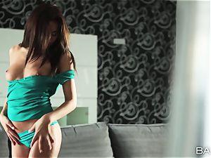luxurious Michaela Isizzu solo onanism